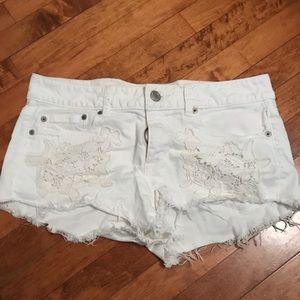 White AEO Shorts Size 10
